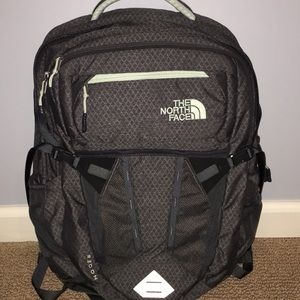 North Face Recon Women's backpack